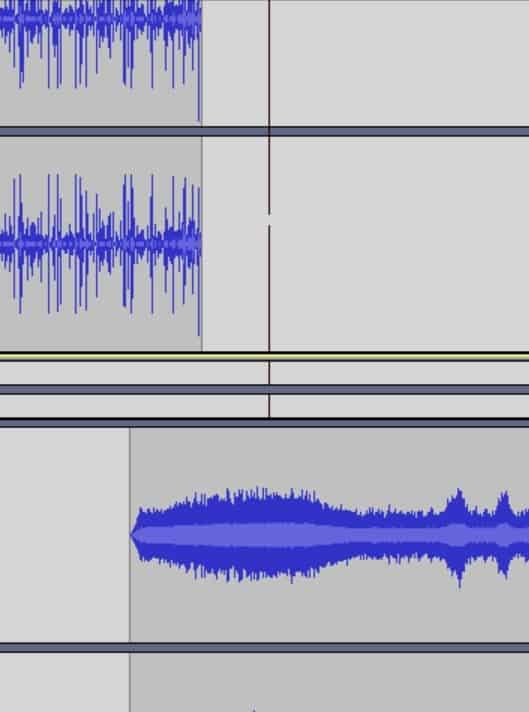 Overlapping crossfade in Audacity, where two audio tracks are being lined up to create a crossfade.