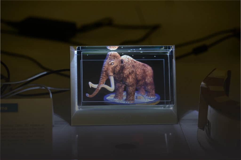 A woolly mammoth rendered in the Looking Glass.